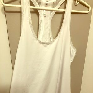 Women's Fabletics White Tank Size Large